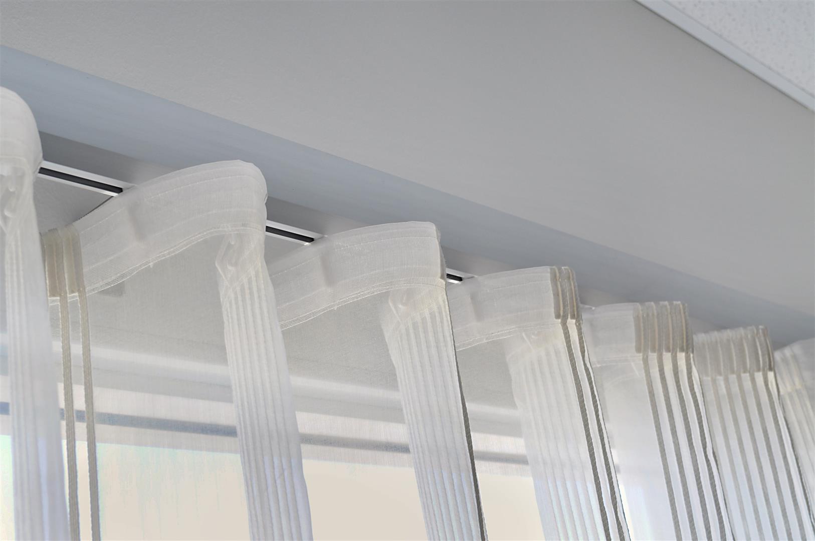 U Pleat Uni Q Curtain Installation